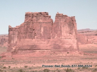 Arches National Park - Moab Bail Bonds 435-259-2663 9-18-2009 11-04-10 AM 320x240.JPG